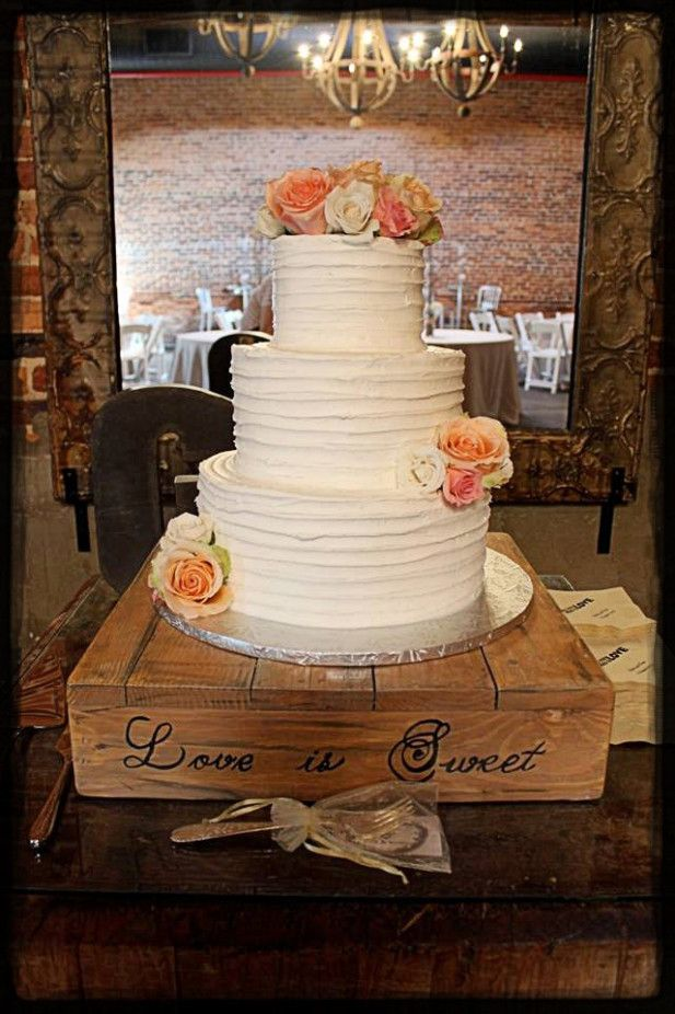creative ideas for wedding cake stands rustic wedding cake stand from etsy shop serene 13078