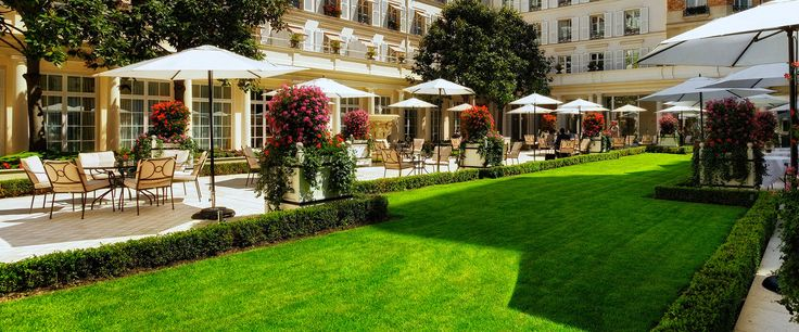 Le Bristol Paris Luxury 5 Star Hotel In France