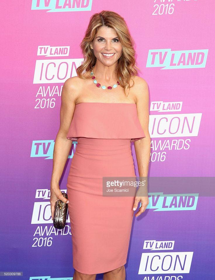 Actress Lori Loughlin attends 2016 TV Land Icon Awards at The Barker Hanger on April 10, 2016 in Santa Monica, California.
