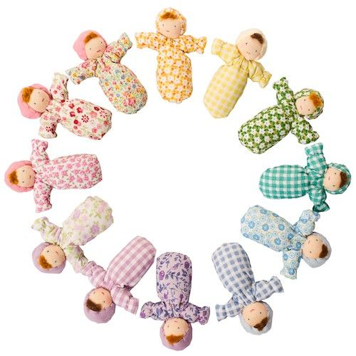 Evi Pocket Baby Waldorf Dolls - these are SO adorable! Perfect to put in little pockets for trips to the store and park :)