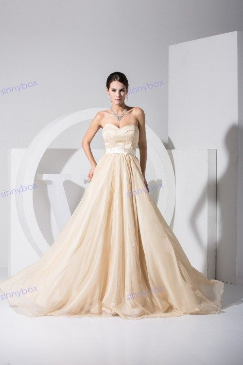 A line sweetheart tulle long bridesmaid dress champagne for Champagne color wedding dresses