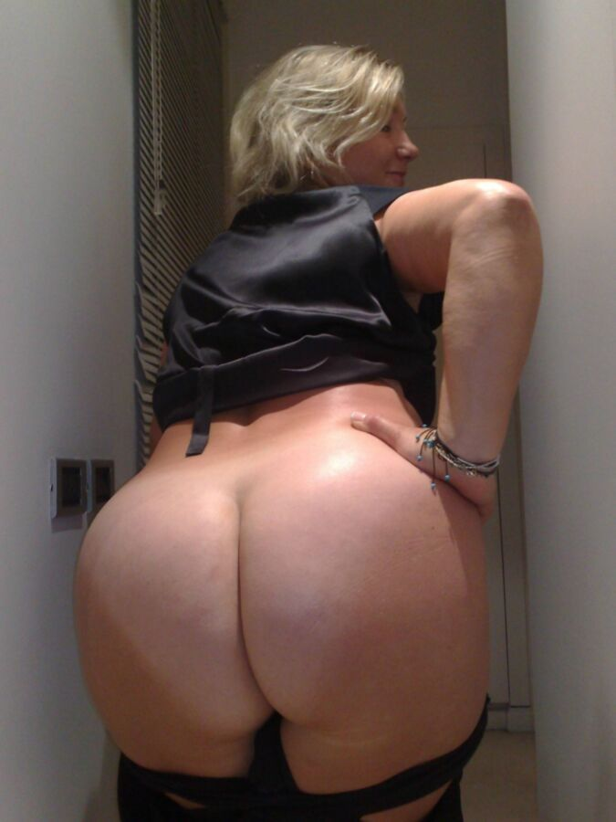 Mature blonde pawg with a staggering ass home porn jpg