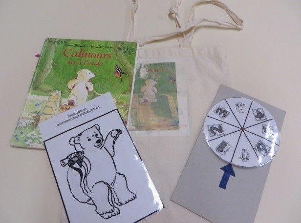 sacs à album Calinours va à l'école et La petite poule rousse chez Cath Cathie
