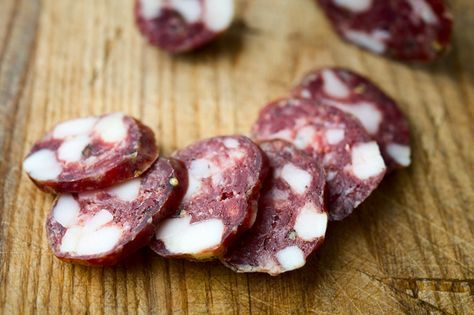 A recipe and instructions on how to make salami at home. This is a basic salami recipe with only pork (or wild boar), fat, salt, pepper and garlic.