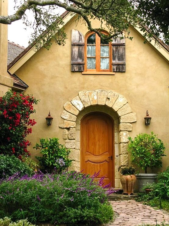 Cottage in The Cotswolds   England