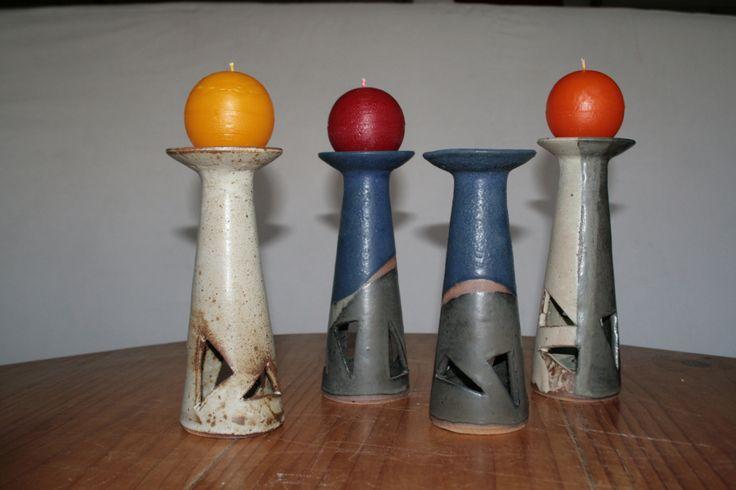candelabros  altos con vela