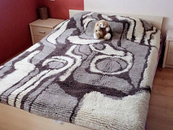 """Vintage Bulgarian Handmade Bed Cover, Traditional Bulgarian Blanket """"Kitenik"""", Sheep Wool Bed Cover, Authentic Bed Cover Ivory Beige Brown"""