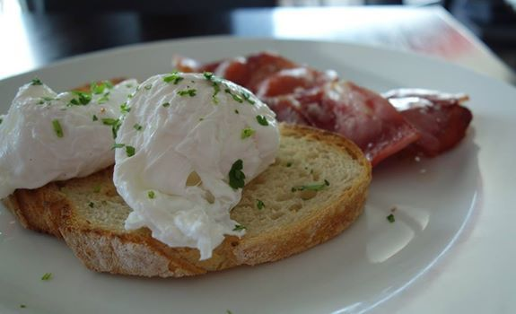 The baths strive to provide hearty breakfasts that will keep you going throughout the day, without stinging your wallet. Enjoy breakfast and dinner at The baths with stunning sea views. http://middlebrightonbaths.com.au/cafe-bar/