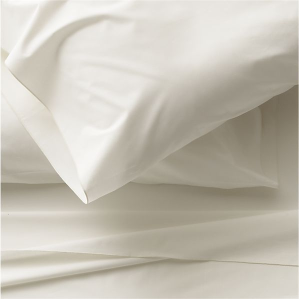 Belo Ivory Full Sheet Set in Sheet Sets | Crate and Barrel