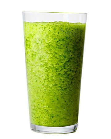 green machine: 1 cup kale/collard greens, 1 granny smith apple, 1 ripe banana, 1/2 cup parsley leaves