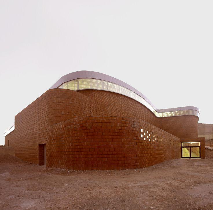 Juan Moya Romero, pabellón polideportivo en Güevejar (Granada) - Arquitectura Viva · Revistas de Arquitectura