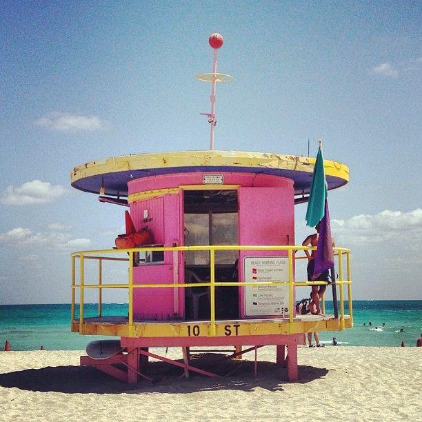 Miami's Art Deco Lifeguard Towers More news about worldwide cities on Cityoki! http://www.cityoki.com/en/ Plus de news sur les grandes villes mondiales sur Cityoki : http://www.cityoki.com/fr/
