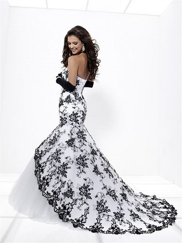 584 best Brautkleider außergewöhnlich images on Pinterest   Bridal ...