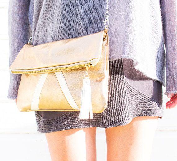 Gold Leder Clutch Metallische Schultertasche von gmalou auf DaWanda.com