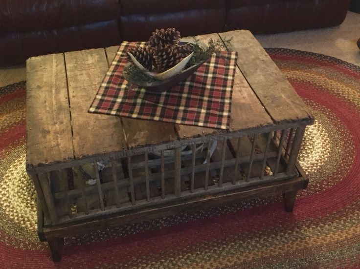Antique Chicken Crate Coffee Table Rustic Decor Pinterest Chicken Antiques And Crate