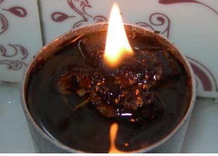 Πρέβεζα: Ταβερνιάρης έκλεβε λάδι από νεκροταφεία και το σέρβιρε στη σαλάτα