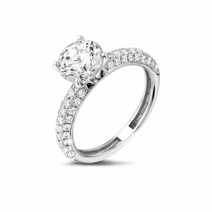 1.50 Carat Solitaire Diamond Ring In White Gold With Side Diamonds With A Total Of 0.65 Ct, Of High Quality. Handmade In Antwerp.