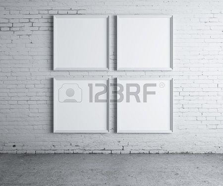 vier lege frame op een betonnen muur Stockfoto - 16032492