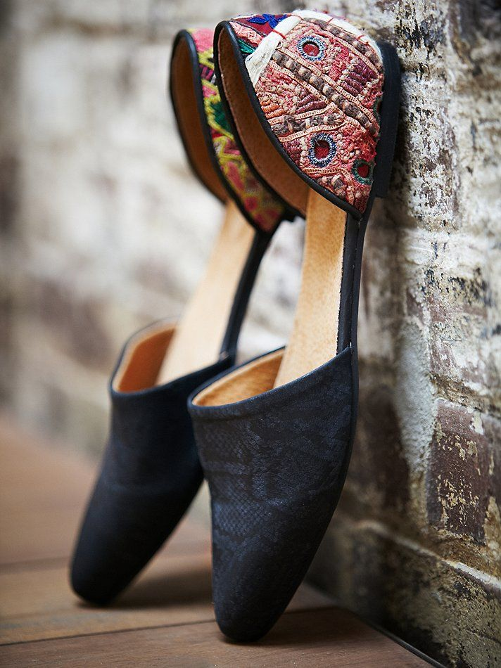 Free People Rajah Flat at Free People Clothing Boutique - Gorgeous shoes!
