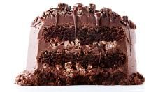 This Chocolate Rice Krispie Crunch Cake recipe is a tri-layered fudgy chocolate cake that`s filled with chocolate-coated rice krispies and slathered with creamy, smooth chocolate frosting.