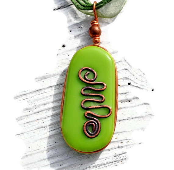 Green Celtic design pendant fused glass and by GeckoGlassDesign, $32.00Fused Glass, Celtic Design