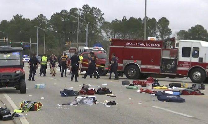 Αλαμπάμα: ΙΧ έπεσε πάνω σε μπάντα μαθητών – 12 τραυματίες (φωτό, βίντεο)