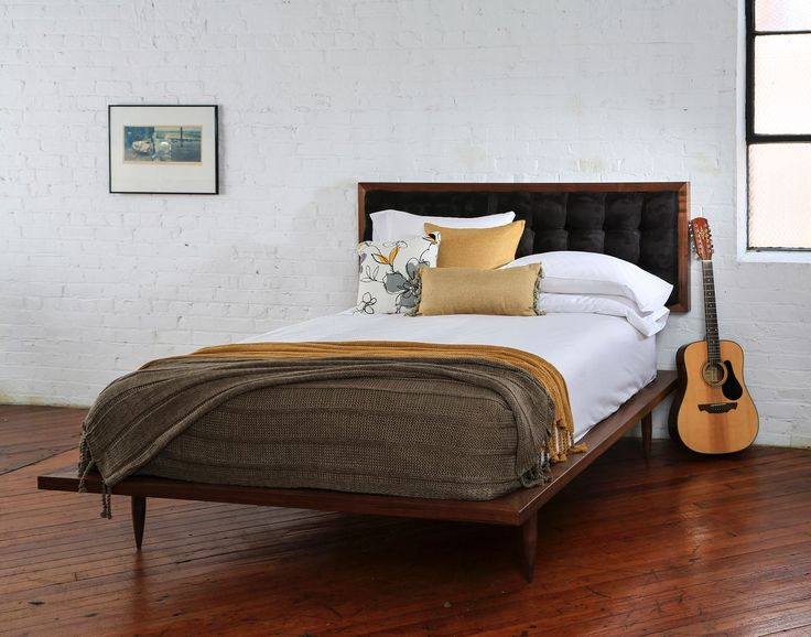 The queen, Bed Turner 	👑    Midcentury platform Bed solid wood bed