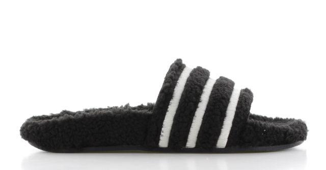 adidas Adilette Teddy-Fleece Zwart Dames | Zwart, Sneaker