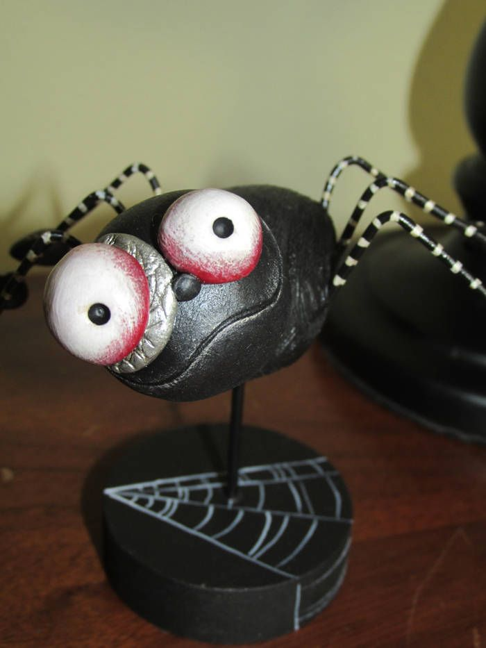 HALLOWEEN folk art Black Spider by Janell Berryman Pumpkinseeds by JanellBerryman on Etsy