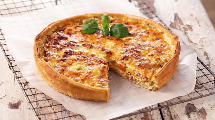 Det er forbløffede enkelt å lage pai, enten med NÅ® Paibunn eller du baker din egen paideig. Fyll den med det du selv ønsker og etter en kort tur innom stekeovnen er den klar til å nytes.