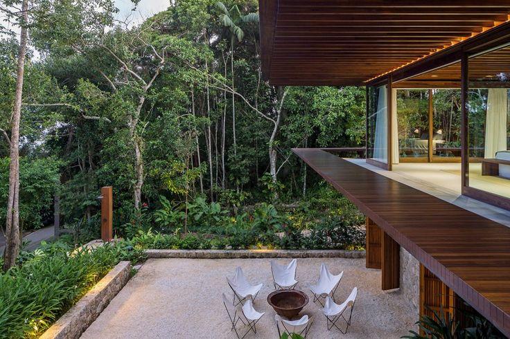 Residência SM, Sítio Taguaíba, Guarujá, SP | Jacobsen Arquitetura
