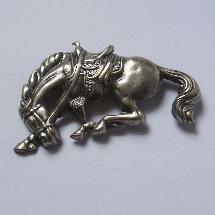 Silver Tone Metal Button Cover Western Ranch Horse Bucking Bronco Cowboy Rodeo