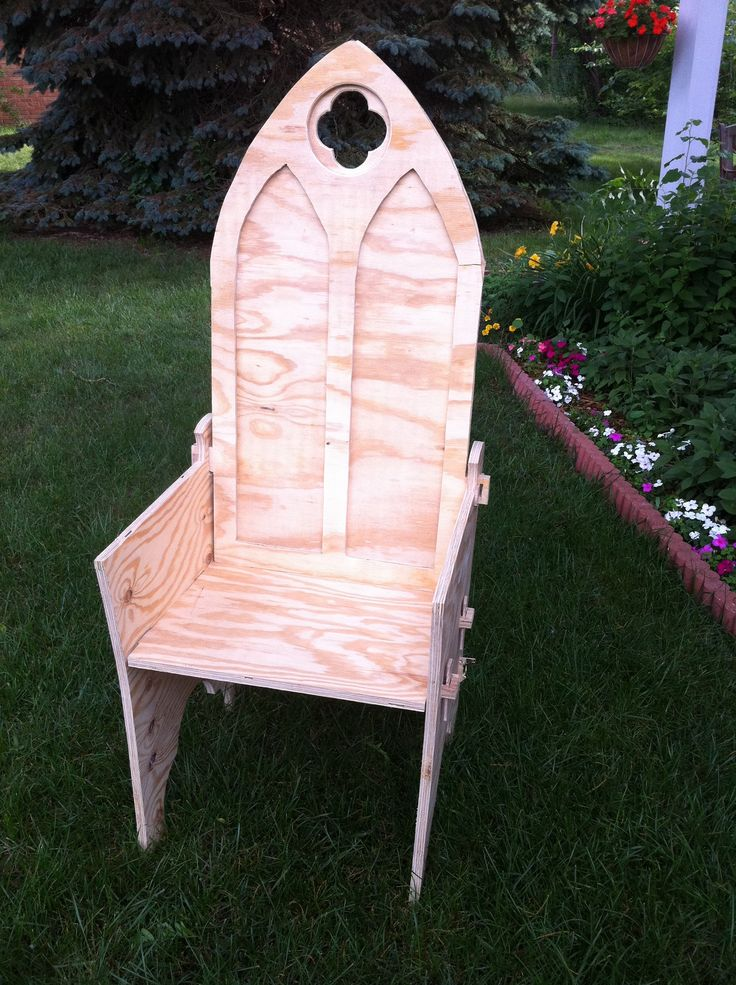 74 best images about sca chairs thrones on pinterest for Throne chair plans
