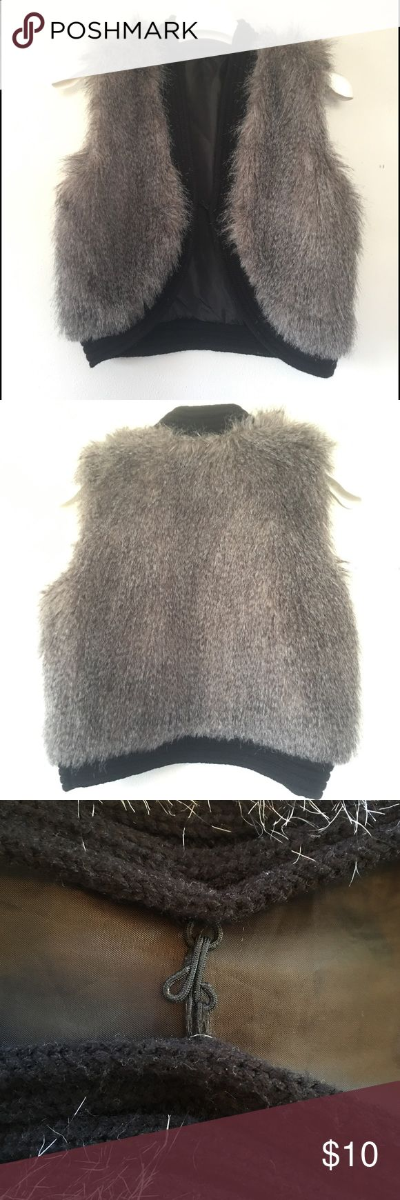 💚BOGO💚 Faux Fur Vest Woman's Vegan Style Hipster Beautiful piece that will compliment any wardrobe. Has small clasp in the center. SMOKE FREE & PET FREE HOME 🙂 Jackets & Coats Vests