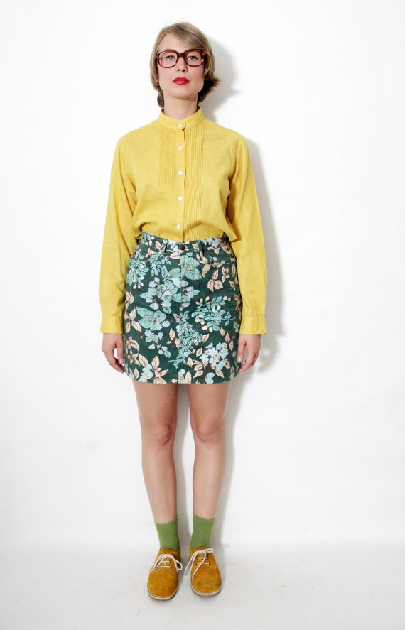 Vintage skirt / Naf Naf green prunes blueberries  dog rose by nemres, $29.00