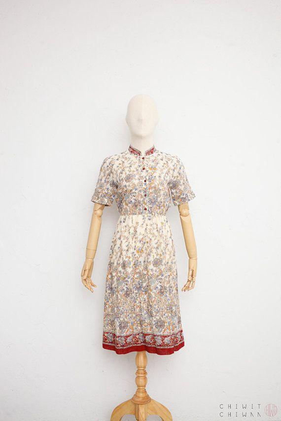 3ec0b058abcf Vintage 70s Dress