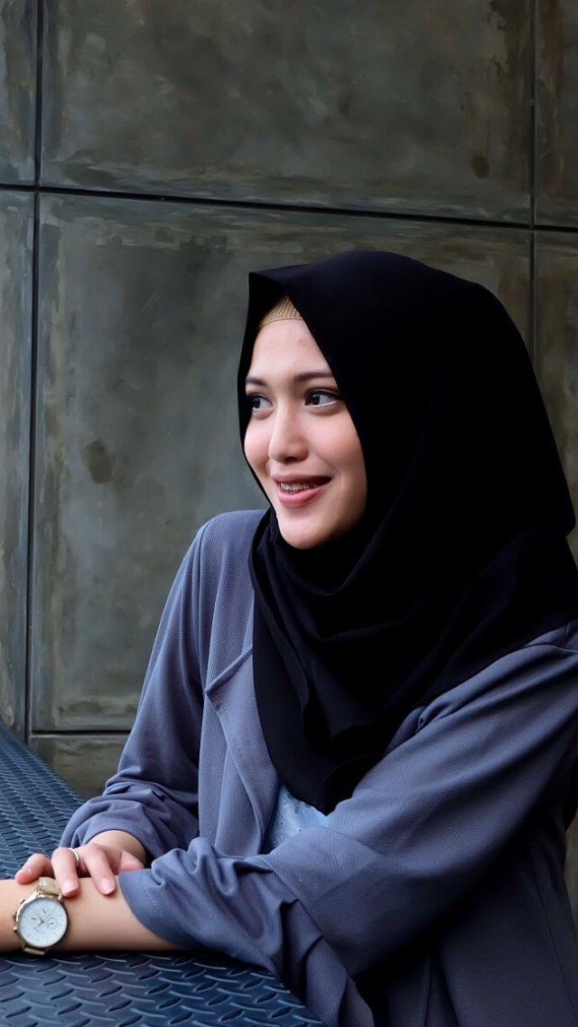 #hijab #hijabfashion #hijabstyle #hijabwomen #hijabersindonesia #muslimah #wanitamuslimah #hijaboutfit #hijabinstan #hijaboutfit #hijabiselegant #ootd #hijabootd #hijabtutorial #hijabtips #hijabmodern #outfitoftheday