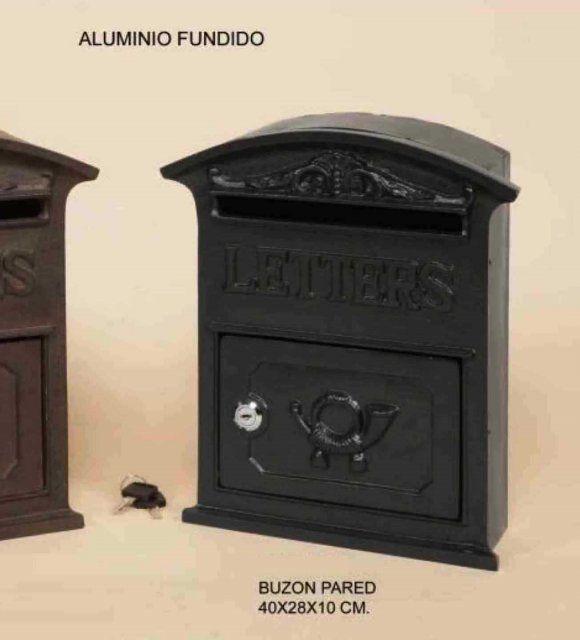 BUZÓN DE PARED NEGRO ALUMINIO FUNDIDO Medidas: 40x28x10cm IVA incluido     También disponible en marrón óxido
