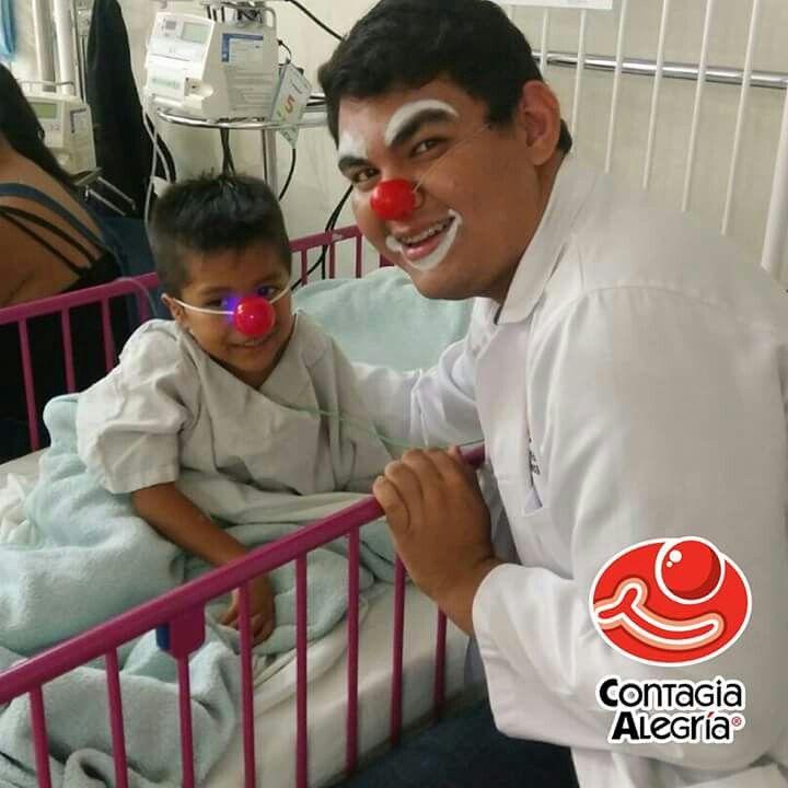 """""""Nunca es demasiado tarde para tener una infancia feliz"""" Tom Robbins #ClownArmy #XsSomosClowns #SomosMásLosBuenos #ConElCorazónEnLaNariz #DeCorazónACorazón #SoyClown #SoyCA #SoySoñador #HéroesSinCapa #ActitudClown #FuerzaClown #ContagiaAlegría"""