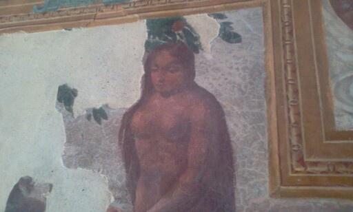 eva negli affreschi Palazzo Rinascimentale Aieta #invasionidigitali