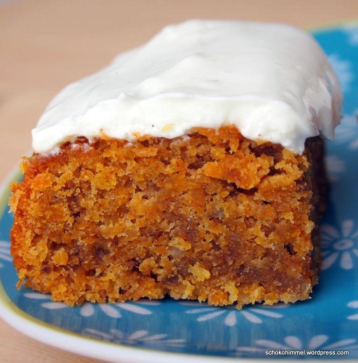 Nüsse, Zimt, Möhren, Kokos... in diesem Carrot Cake ist nur Gutes