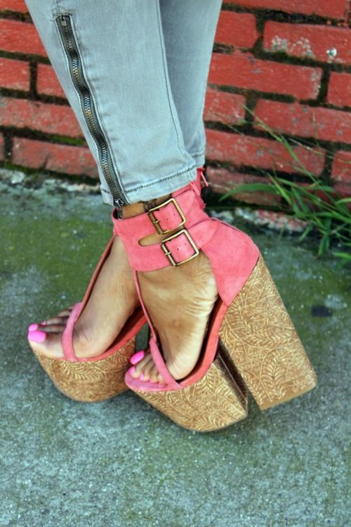 Absolutely Gorgeous Wedges For Women - Trend To Wear