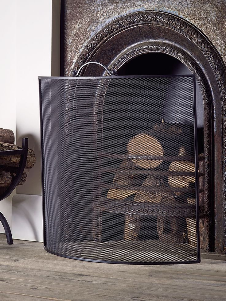 NEW Curved Iron Fire Screen