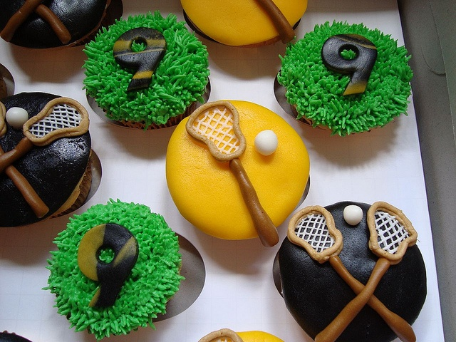 Lacrosse Cupcakes by designercupcakesandmore, via Flickr