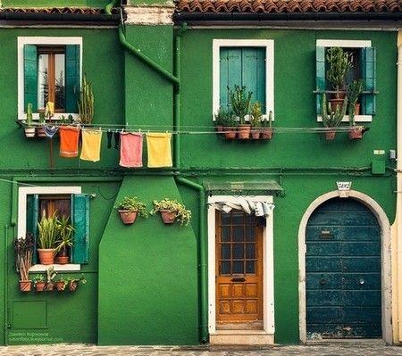 Burano,Italy green walls house.