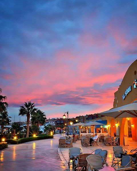 Amazing sunset in Hurghada #Egypt #hurghada #sea #trip #travel #vacation #enjoy #rest #Египет #хургада #дайвинг  #наслаждаться #nurkowanie #dive #diving #море #подводный_мир #nurkowanie #scuba #underwater #rescue #padi #Firstaid #course #Moreda #moreda212 #redsea #dolphins #elsamaka by elsamaka_dive