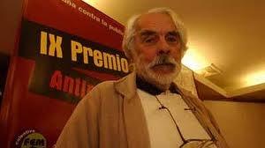 """Fallecimiento del cineasta peruano Armando Robles Godoy el 10 de agosto de 2010. Su filme """"La muralla verde"""" (1970), ha sido elegido por la revista Godard! como la mejor película peruana de todos los tiempos."""