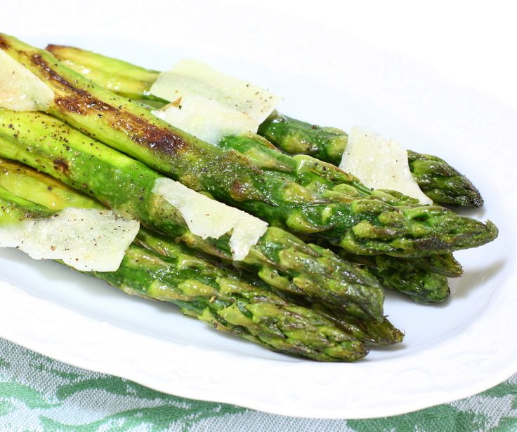 Pan Roasted Asparagus: Mmmm Food, Veggie Recipes, Side Dishes, Healing Food, Roasted Asparagus, Veggies Recipes, Food Spreads Salad, Let S Cooking, Foodvan Sid