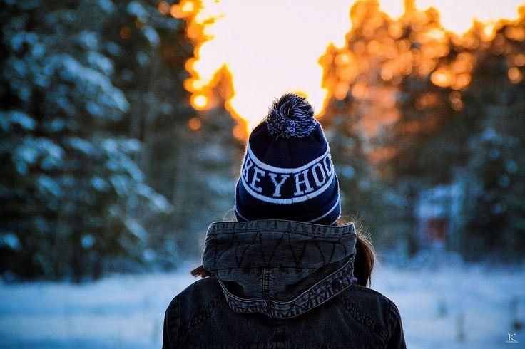 Идея для фотосессии зимой Фотограф: Ксения Кюнтиева✔ #фотограф #фотосессия  #портрет #идея_для_фотосессии #девочка #фотоуроки #зима #снег #фотография