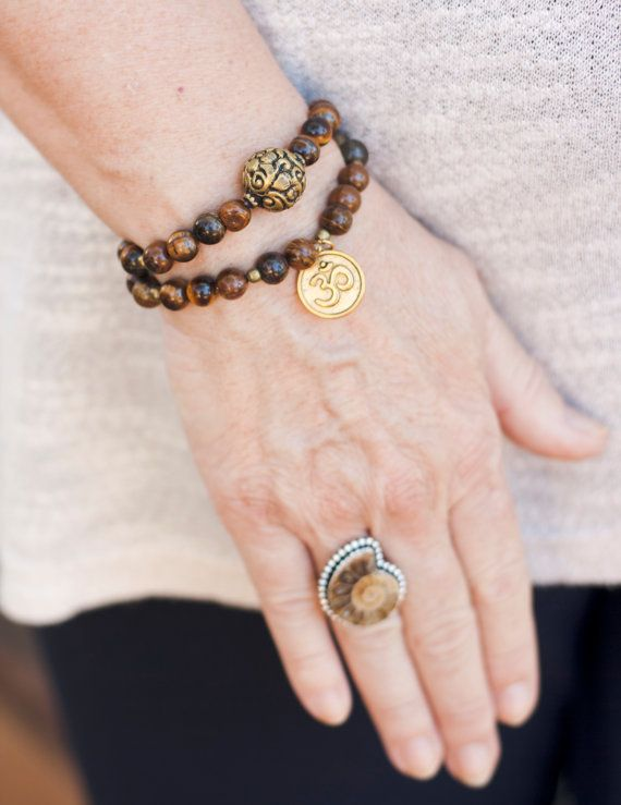 Conjunto pulseras Ojo Tigrecharm OMpiedra por MartaDissenys en Etsy
